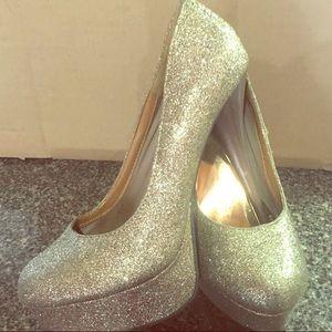 Gold Glitter High Heels Sz 8